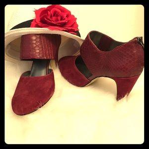 Bella Vita Shoes - Never Worn Bella Vita Alligator Print Heels
